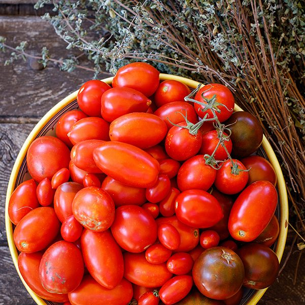 Fresh Tomatoes and Thyme ©Jon Kempner Photography